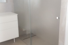 מקלחוני הזזה